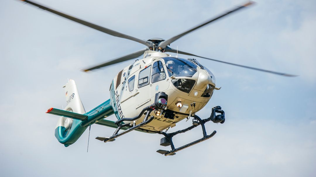 Polizeihubschrauber in Aktion