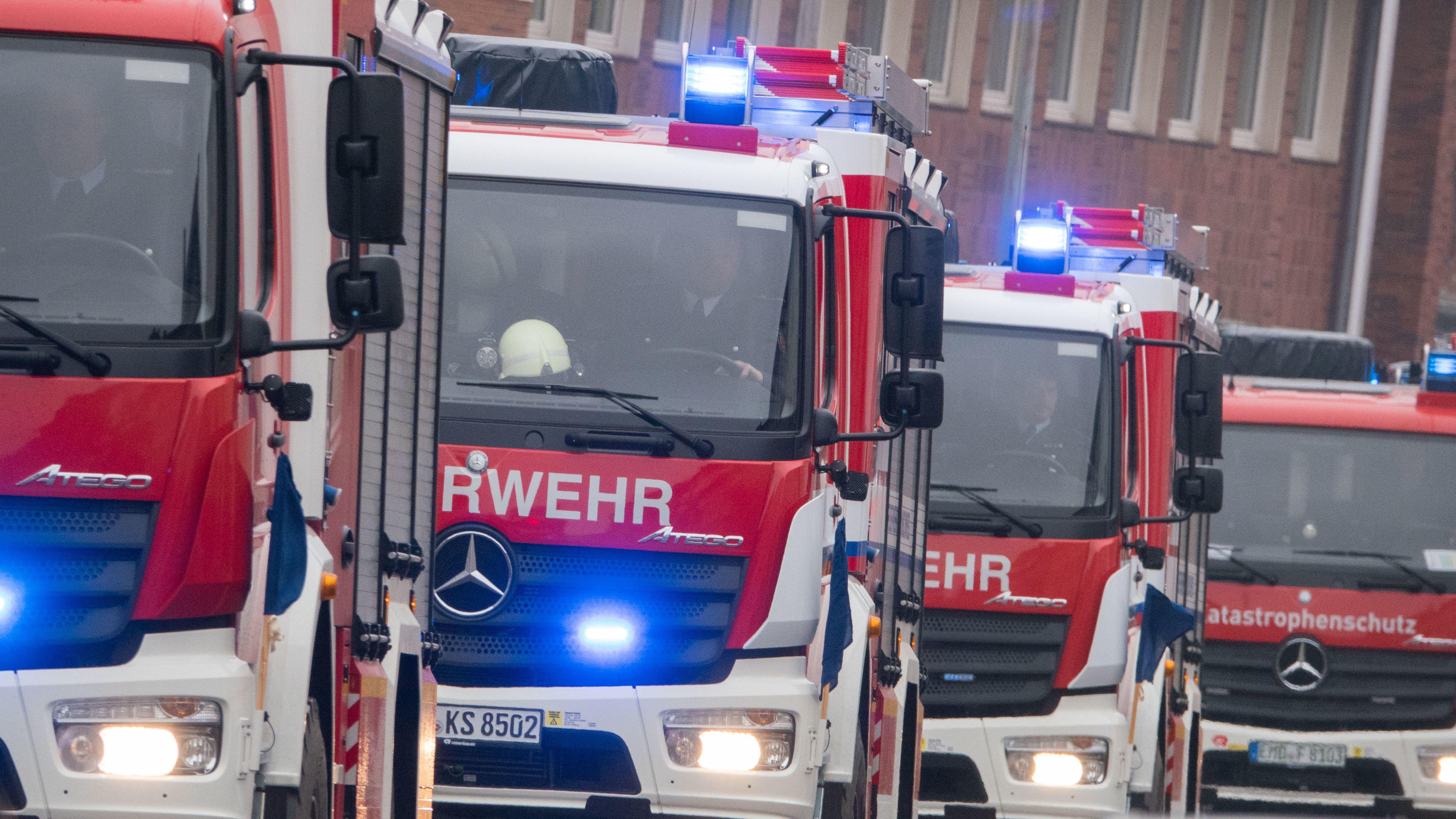 Löschzug der Feuerwehr (Symbolbild)