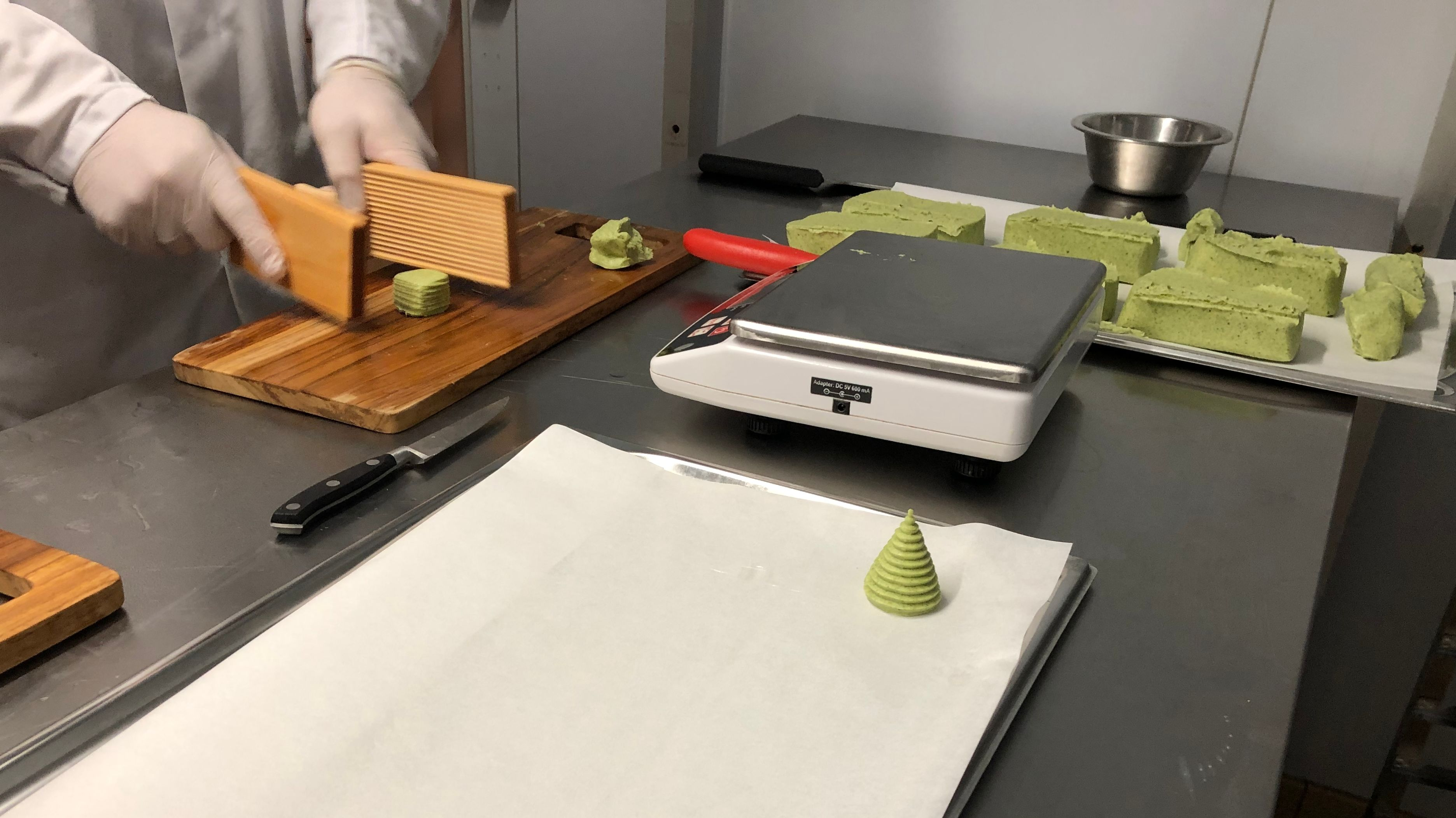 für die Gastronomie wird die Butter handgeformt