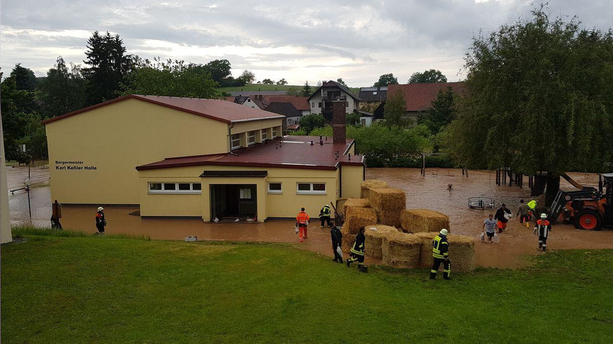 Überschwemmung in Dittlofsroda im Landkreis Bad Kissingen.