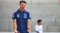 Unterhaching-Trainer Sandro Wagner beim Spiel gegen Burghausen | Bild:picture-alliance/dpa