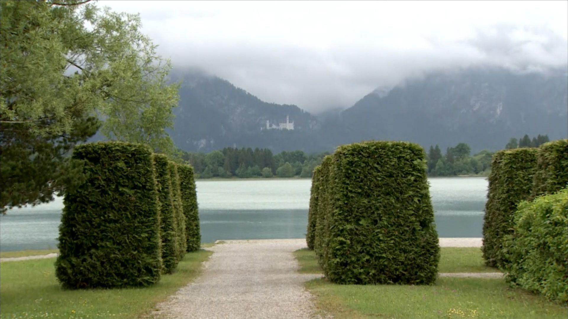 Ufer des Allgäuer Forggensees in Füssen