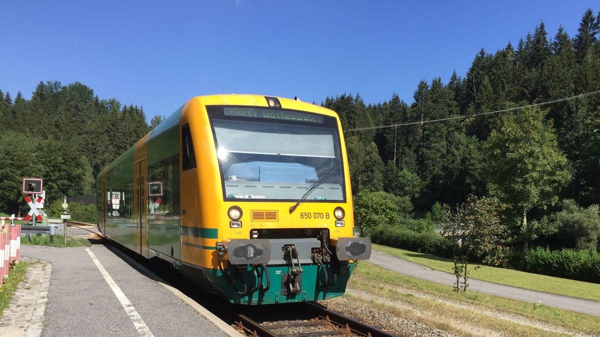 Die Waldbahn verkehrt bislang zwischen Gotteszell und Viechtach