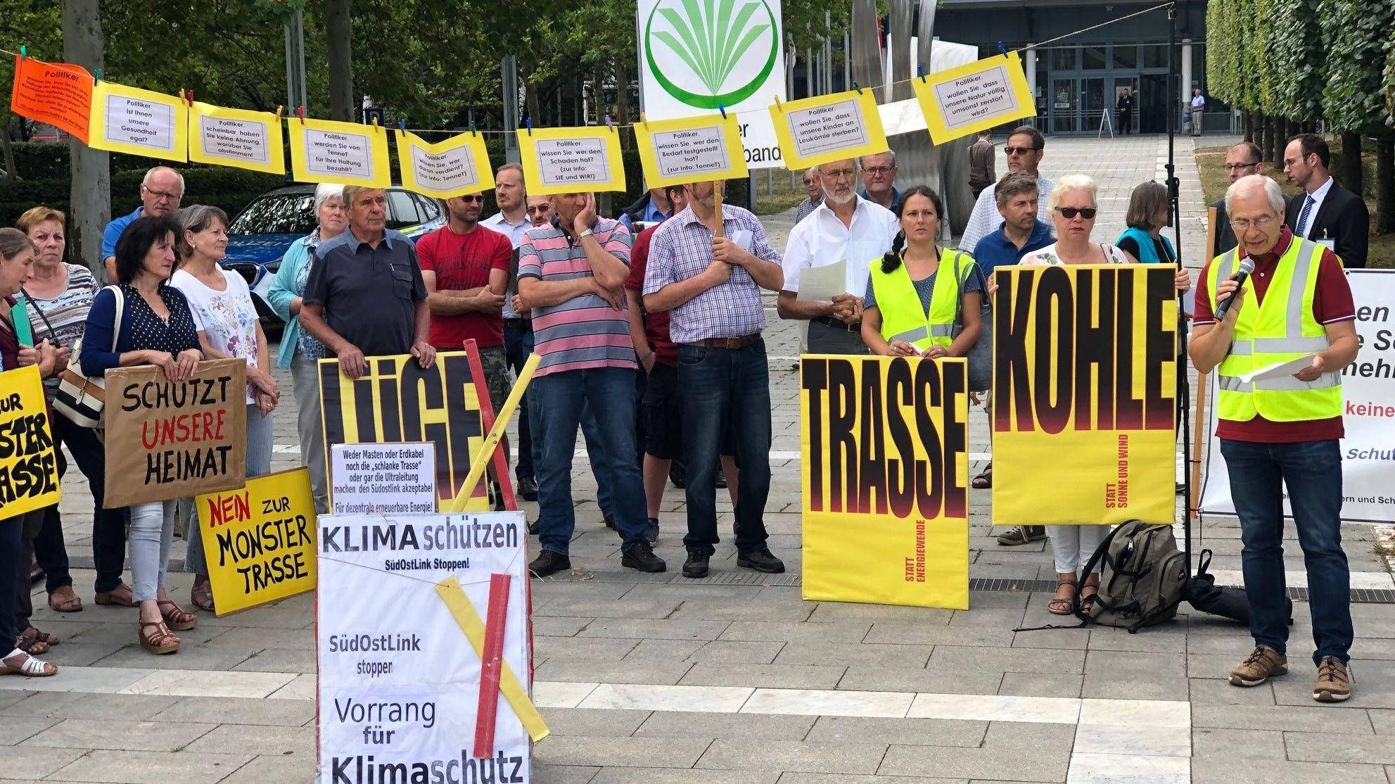 Trassengegner demonstrieren in Weiden