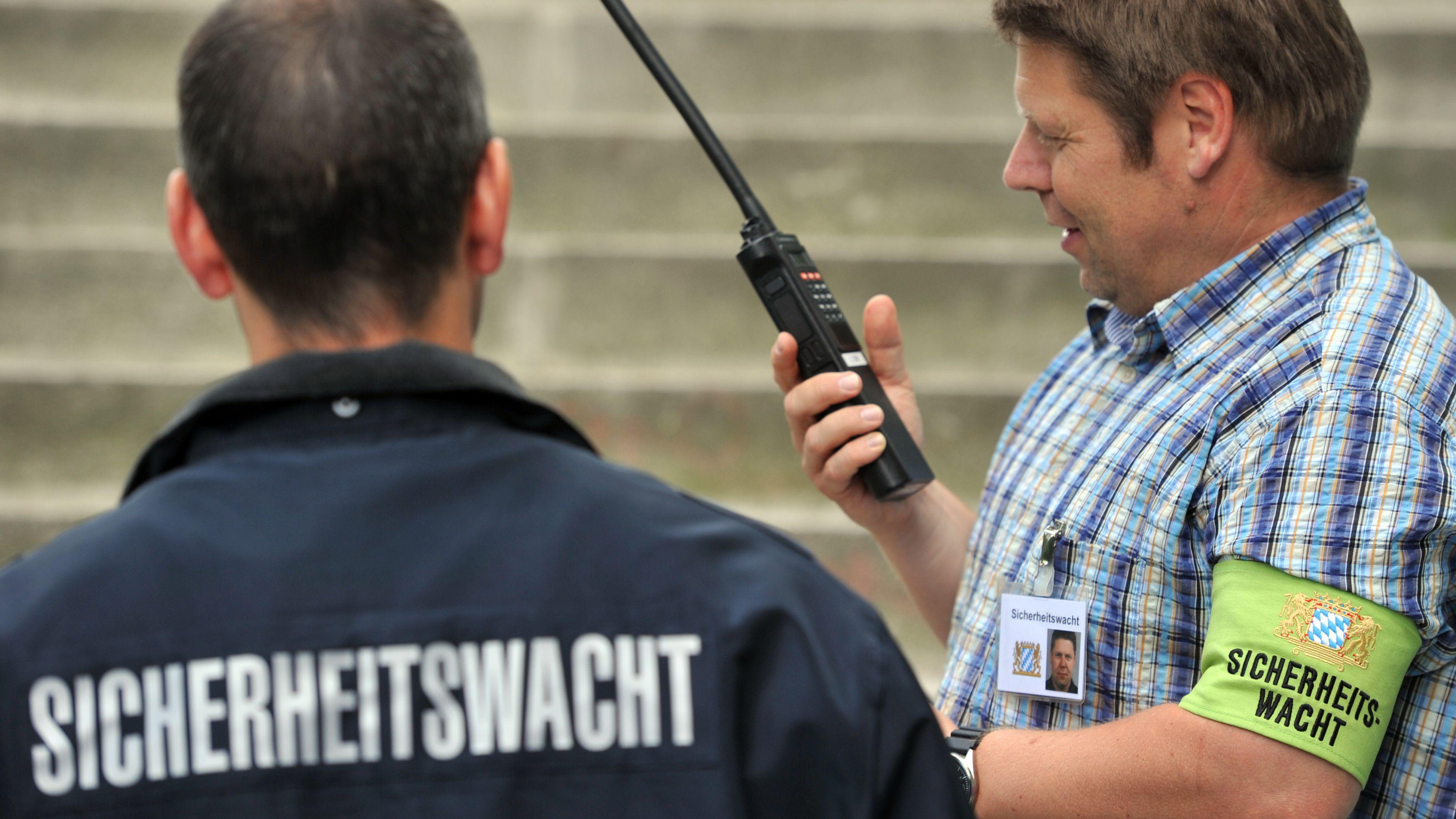Ehrenamtliche bei der Sicherheitswacht