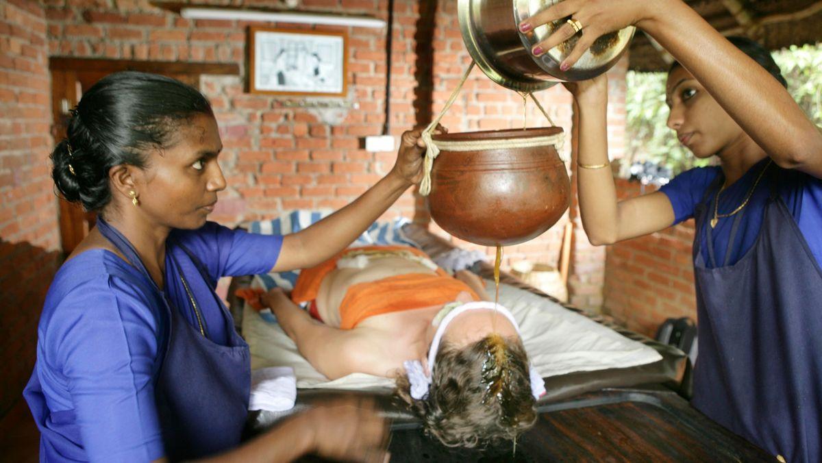 Traditionelle Ayurveda-Behandlung