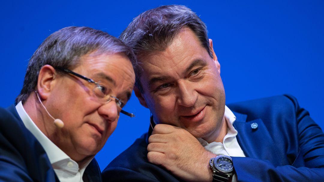 Archivbild:  27.04.2019, Armin Laschet und Markus Söder in Münster beim Start der Unions-Parteien zum Europawahlkampf.