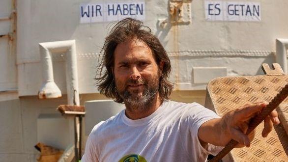 Michael Buschheuer (42) ist Gründer der Seenotrettungsorganisation Sea Eye