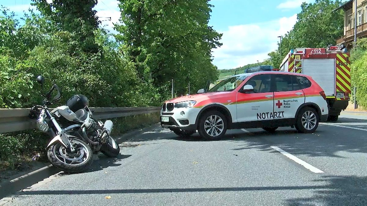 Motorradfahrer stirbt nach Zusammenprall mit LKW