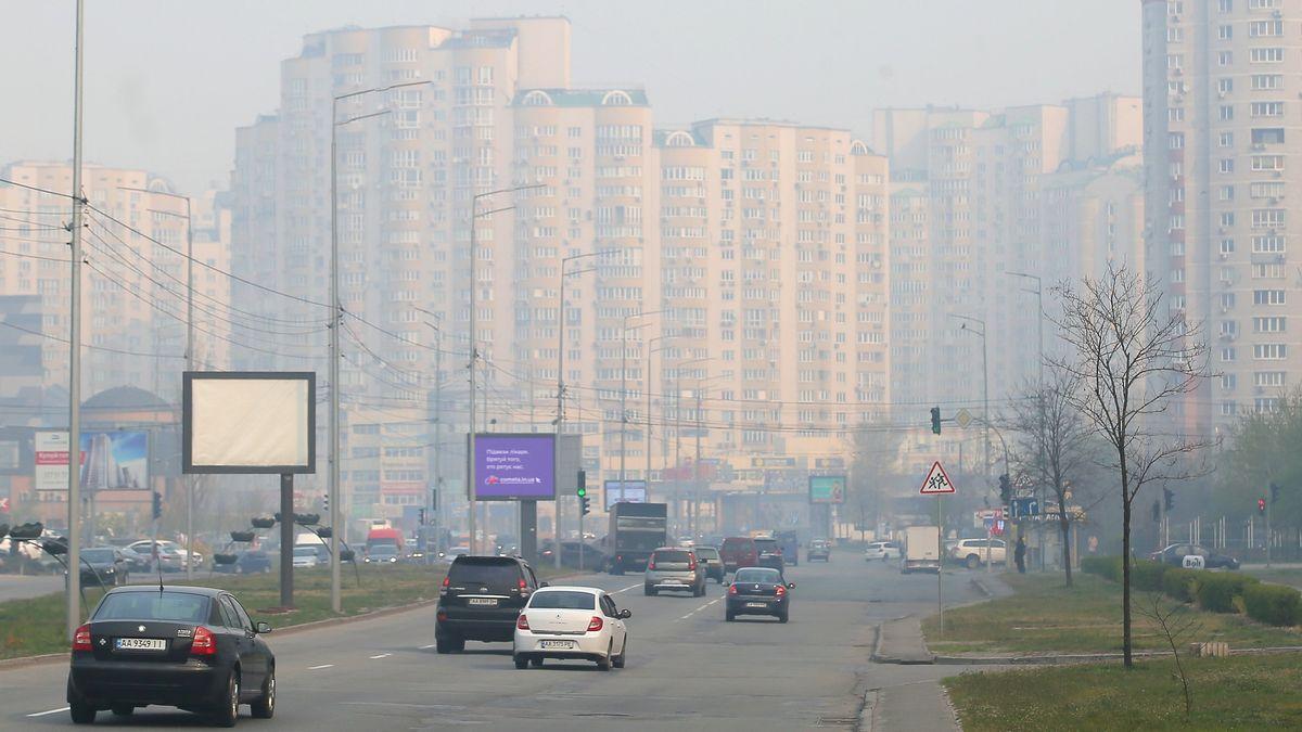 Smog in der ukrainischen Hauptstadt Kiew, der durch die andauernden Löscharbeiten in Tschernobyl verursacht wird.