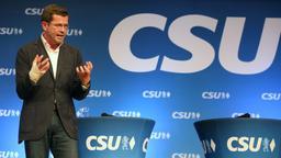 Karl-Theodor zu Guttenberg stellt Söders Eignung als CSU-Chef infrage | Bild:picture alliance / Karl-Josef Hildenbrand/dpa