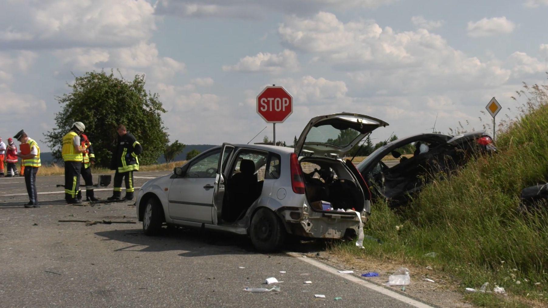 Zwei Tote und sieben Verletzte bei Unfall in Mittelfranken