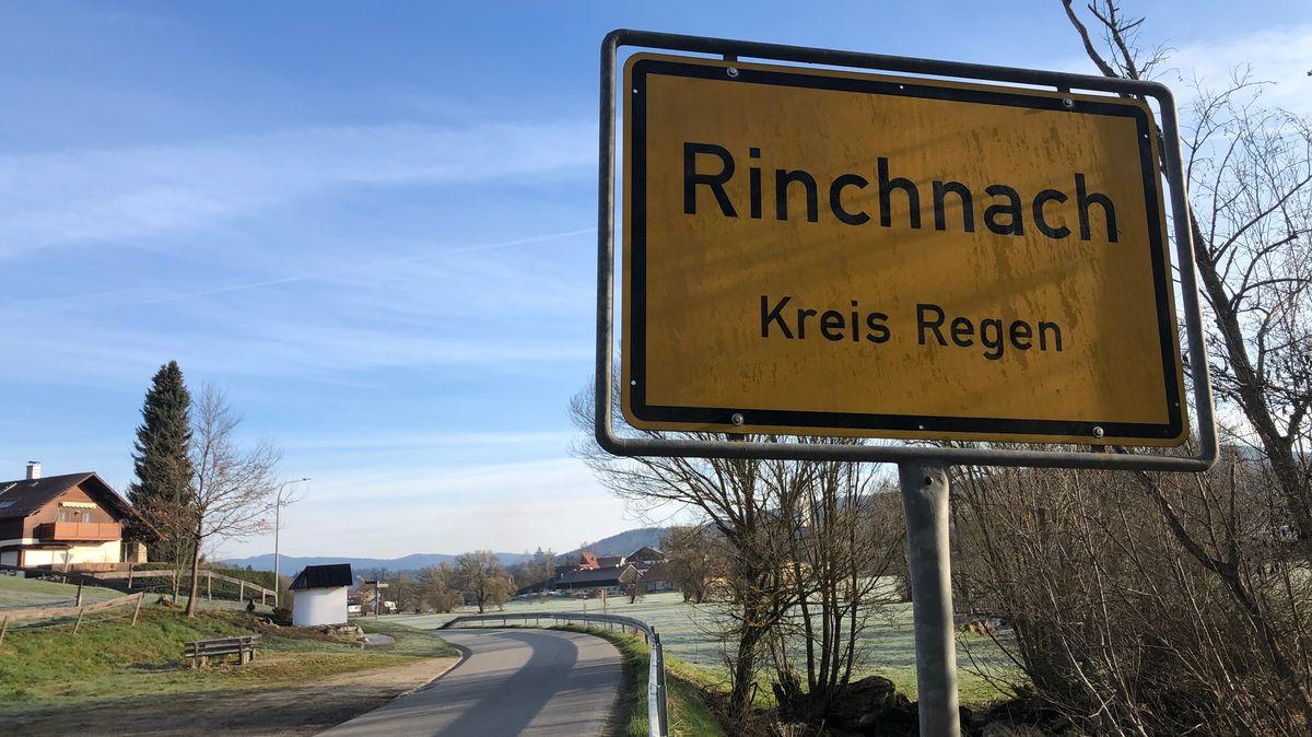 Ortsschild von Rinchnach im Landkreis Regen