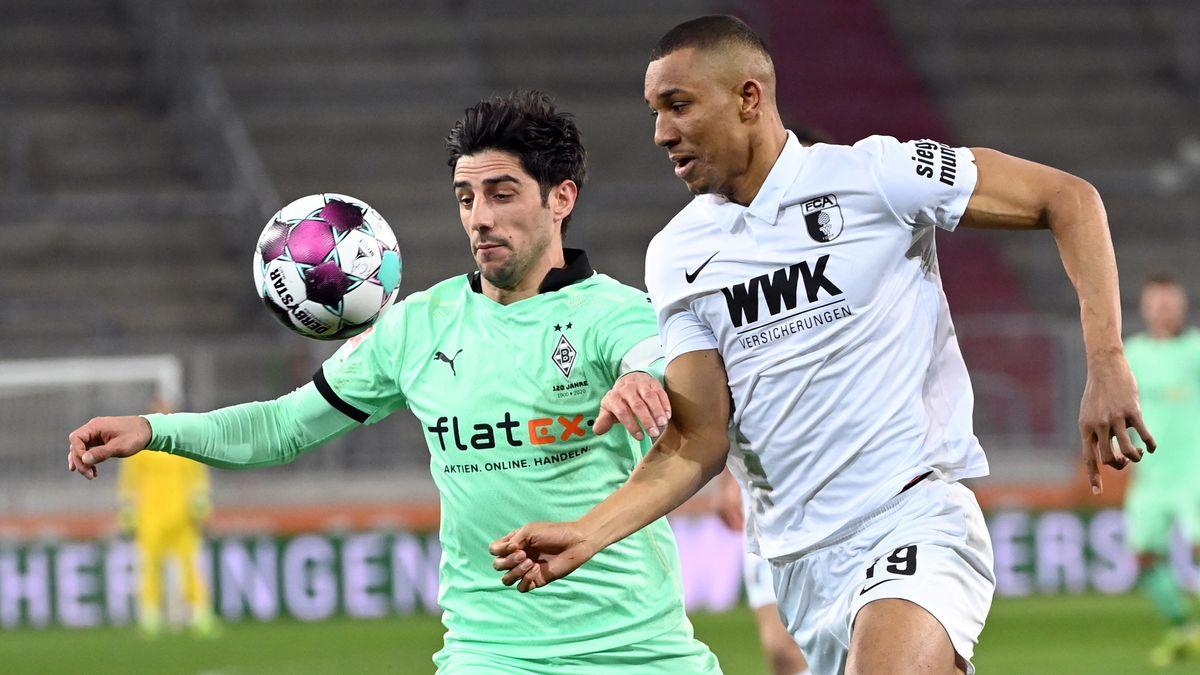 Spielszene FC Augsburg - Borussia Mönchengladbach