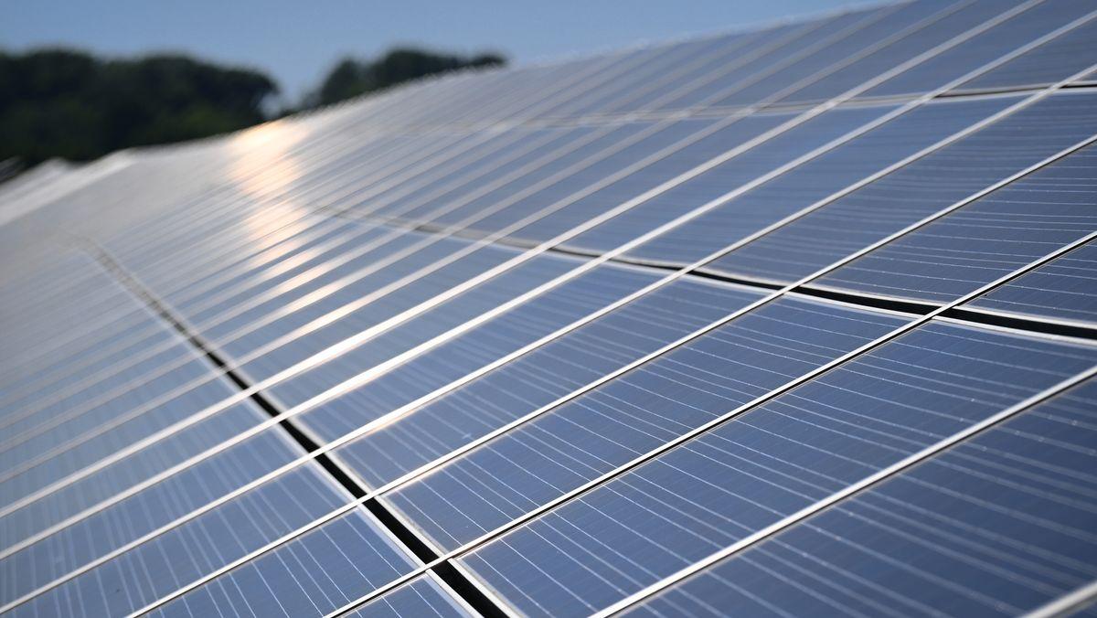 Die Solarenergie soll nach dem Willen der Koalitionsfraktionen einen Schub bekommen.