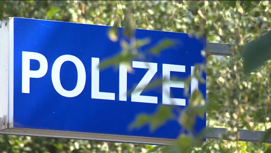 Hinweisschild an der Polizeiinspektion Weißenburg-Gunzenhausen