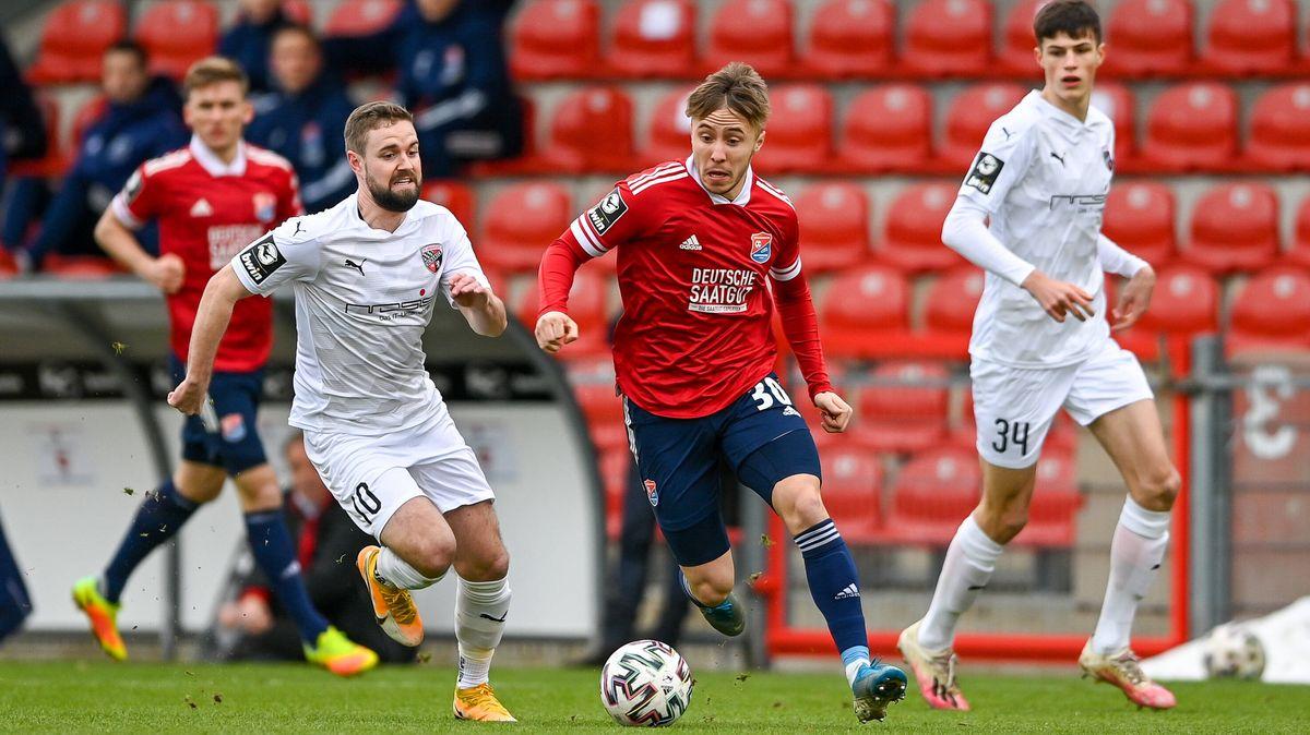 Spielszene SpVgg Unterhaching - FC Ingolstadt
