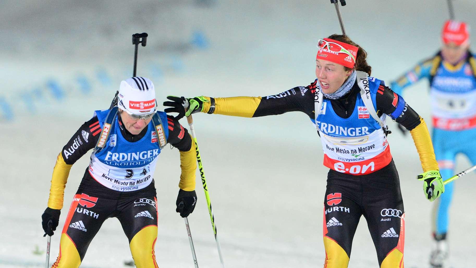 Andrea Henkel und Laura Dahlmeier 2013