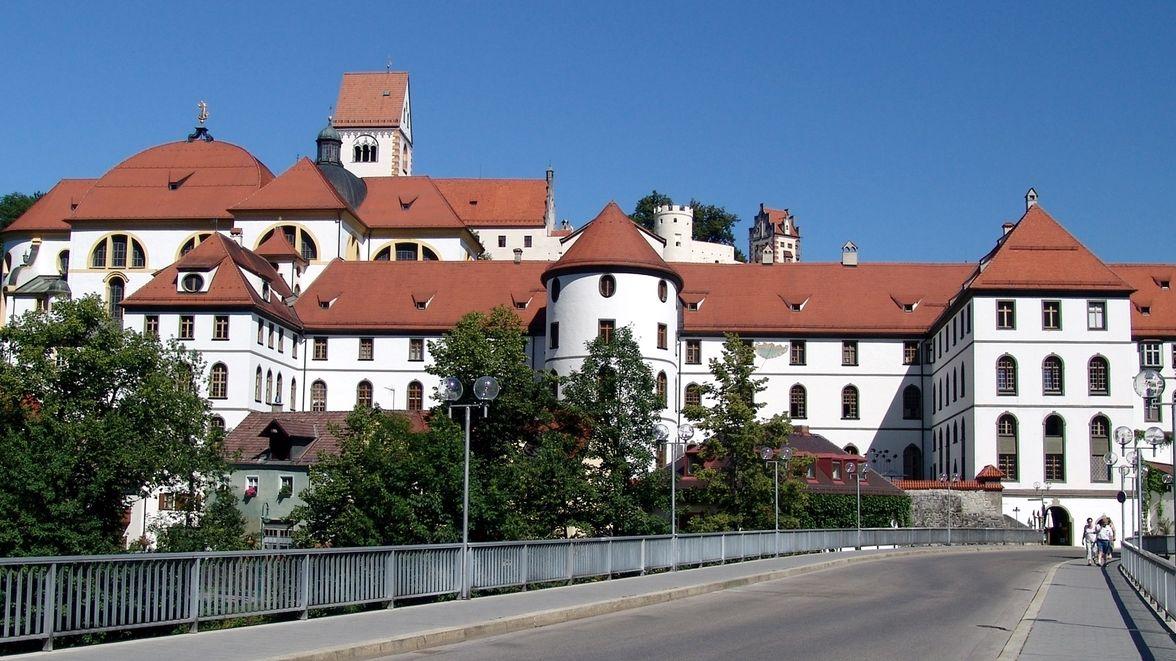 Das ehemalige Kloster und heutige Rathaus der Stadt Füssen.