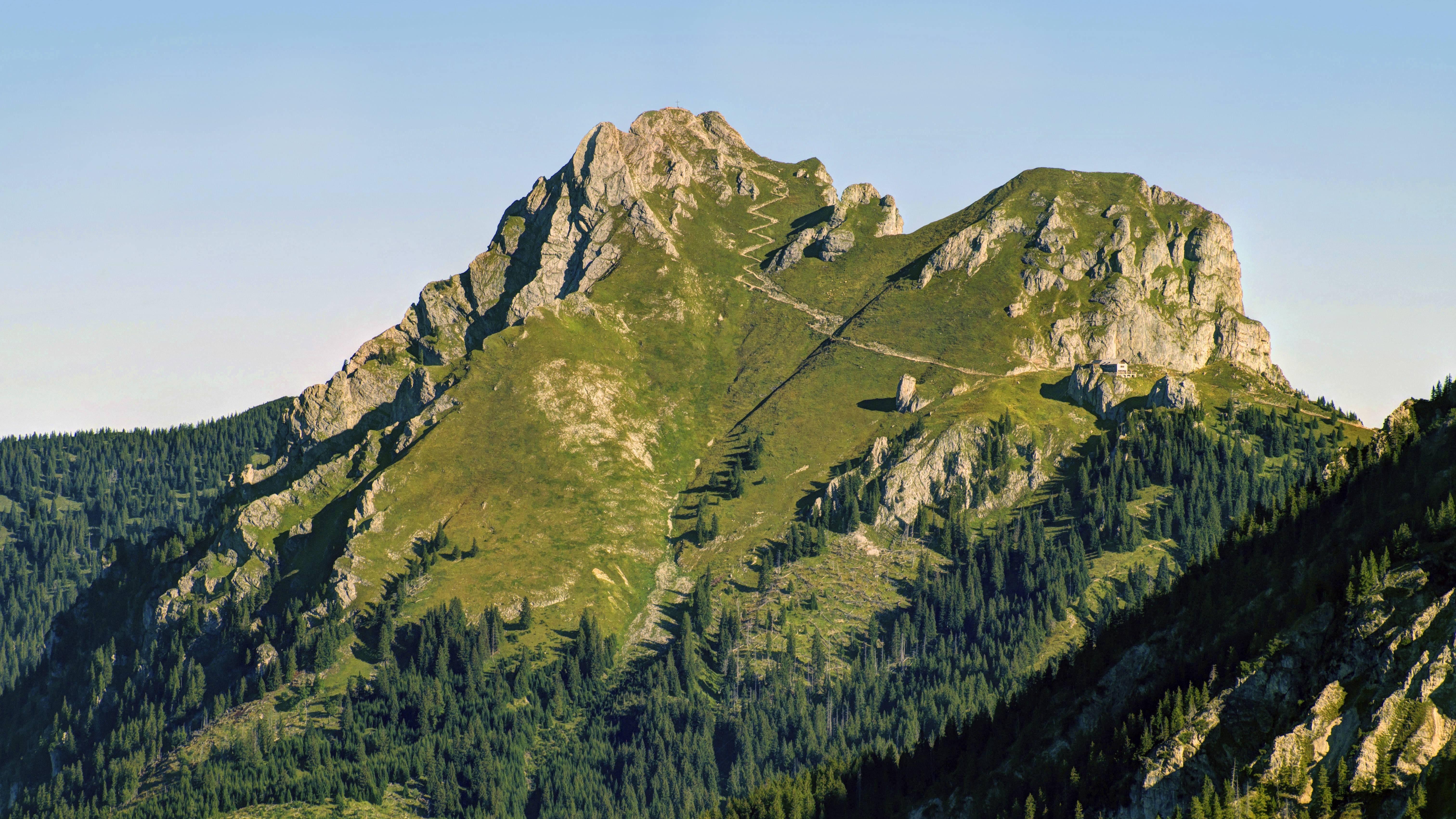 Der Aggenstein an der bayerisch-österreichischen Grenze.