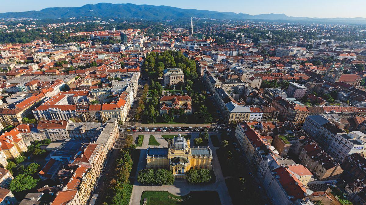 Kroatien - Hauptstadt: Zagreb - Einwohner: 4.284.889 (2011) - Amtssprachen: Kroatisch - Währung: Kuna (HRK)