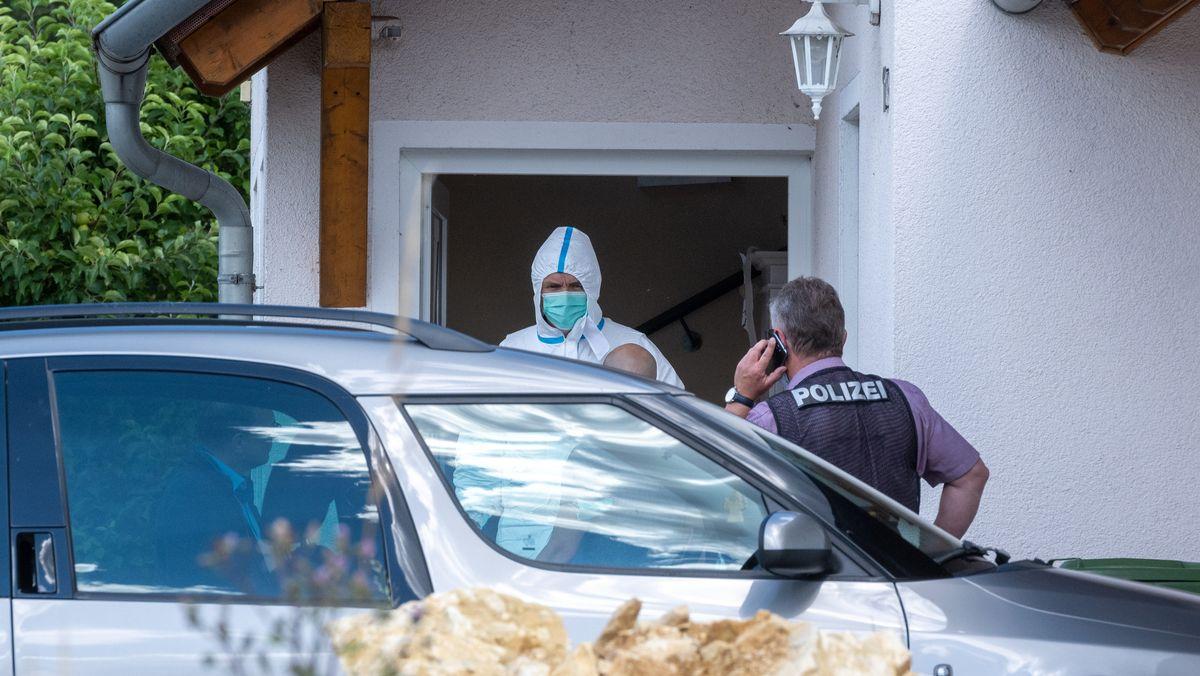 Polizei am Tatort in Schwandorf