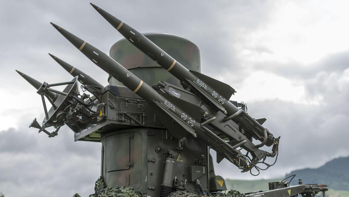 So sehen Boden-Luft-Raketen aus. Ein ähnliches Modell wird von der belieferten Firma in Russland produziert.