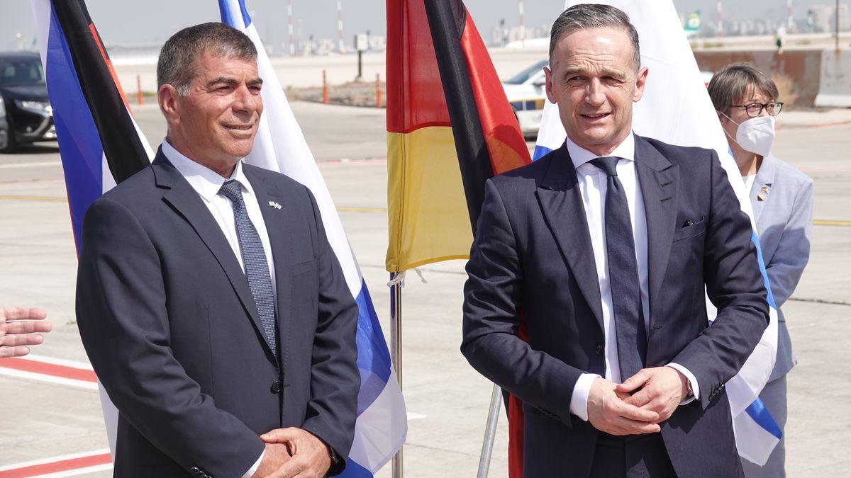 Bundesaußenminister Maas hat zum Auftakt seiner Nahost-Reise Israel Deutschlands Solidarität zugesichert.