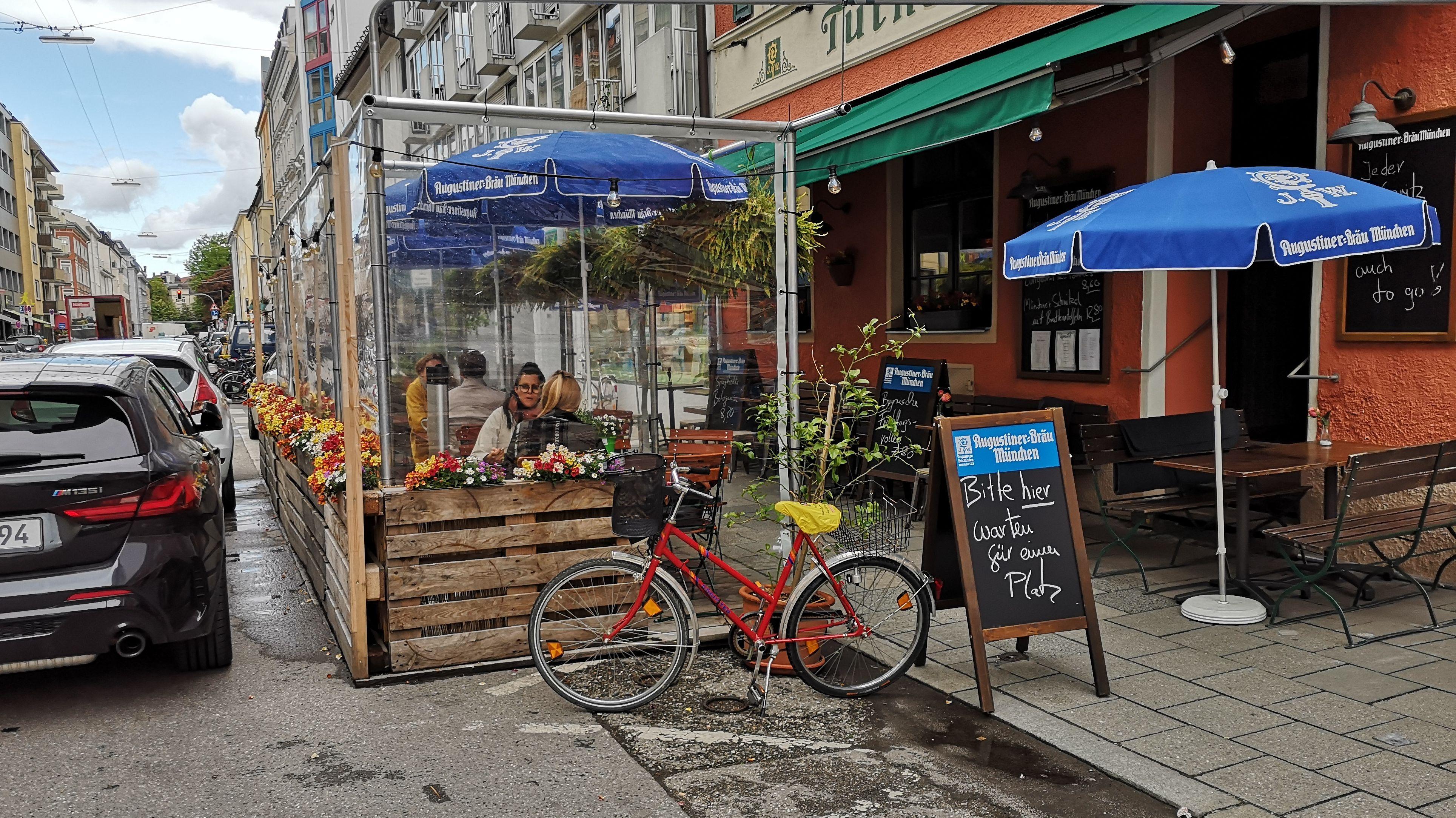 Schanigarten Zwischen Lebensqualitat Und Anwohnerbeschwerden Br24