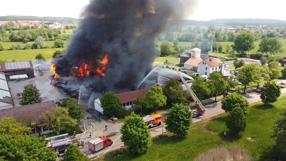 Feuer und Rauch im Bauhof Dinkelsbühl