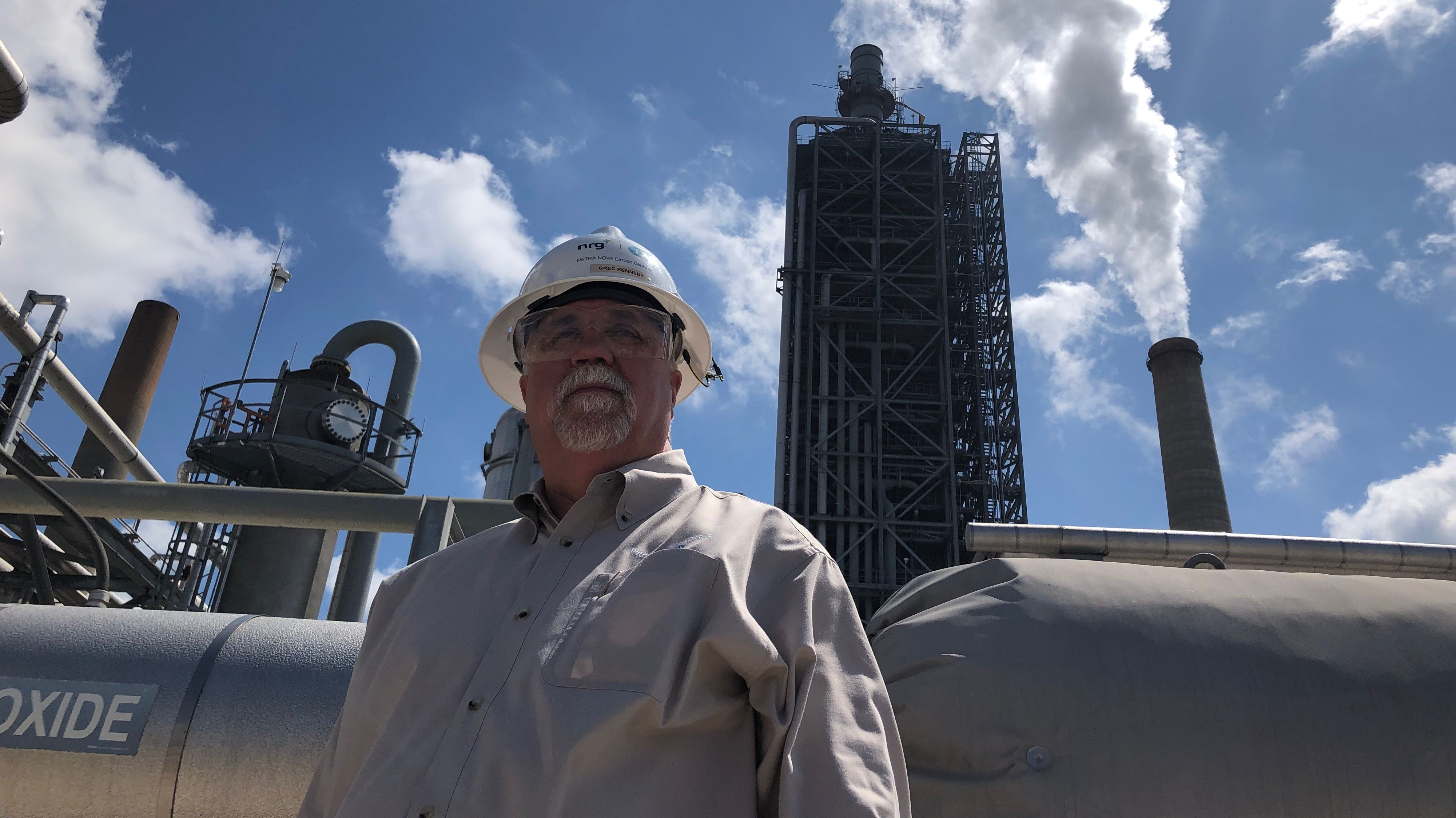 Produktionsleiter Robert Pates wacht über das Freeport LNG Terminal. Es soll eines der größten der Welt werden.