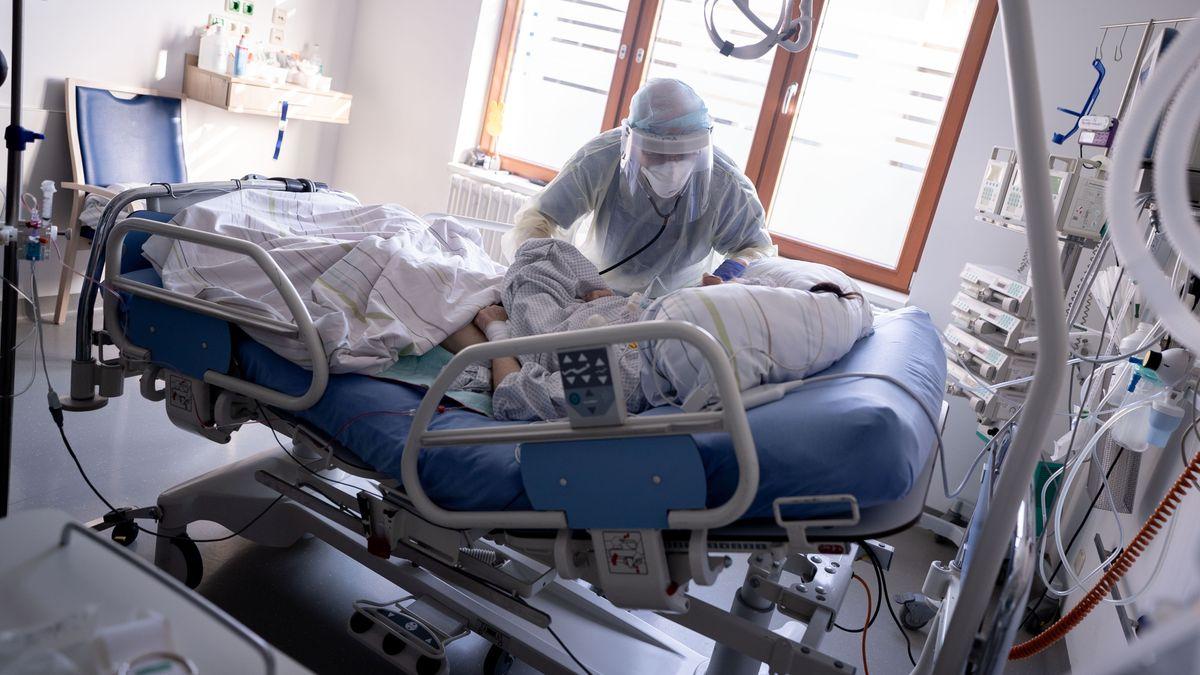 Corona-Patient auf einer Berliner Intensivstation