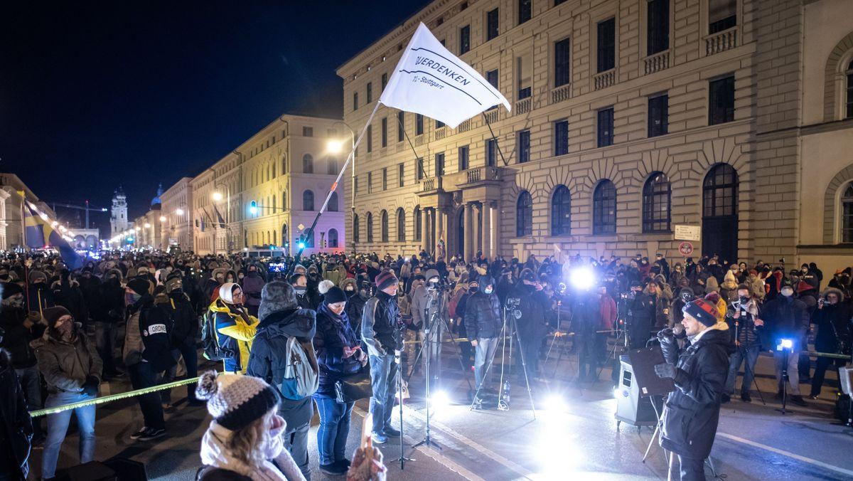 """Querdenken""-Demonstration in München"