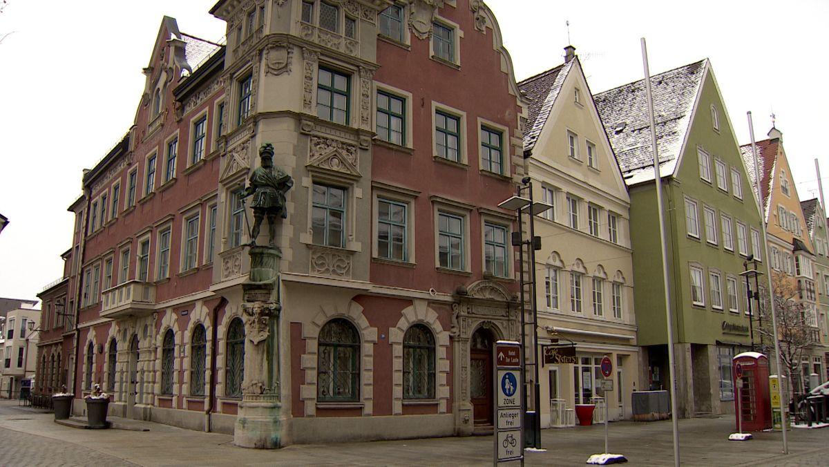 Die Innenstadt von Mindelheim - mit reich verzierten Häusern
