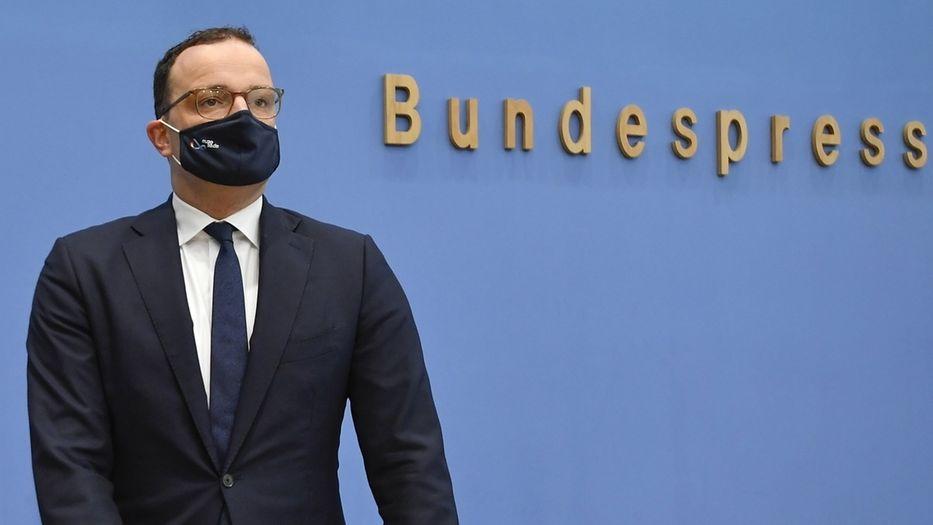 Jens Spahn auf der Pressekonferenz