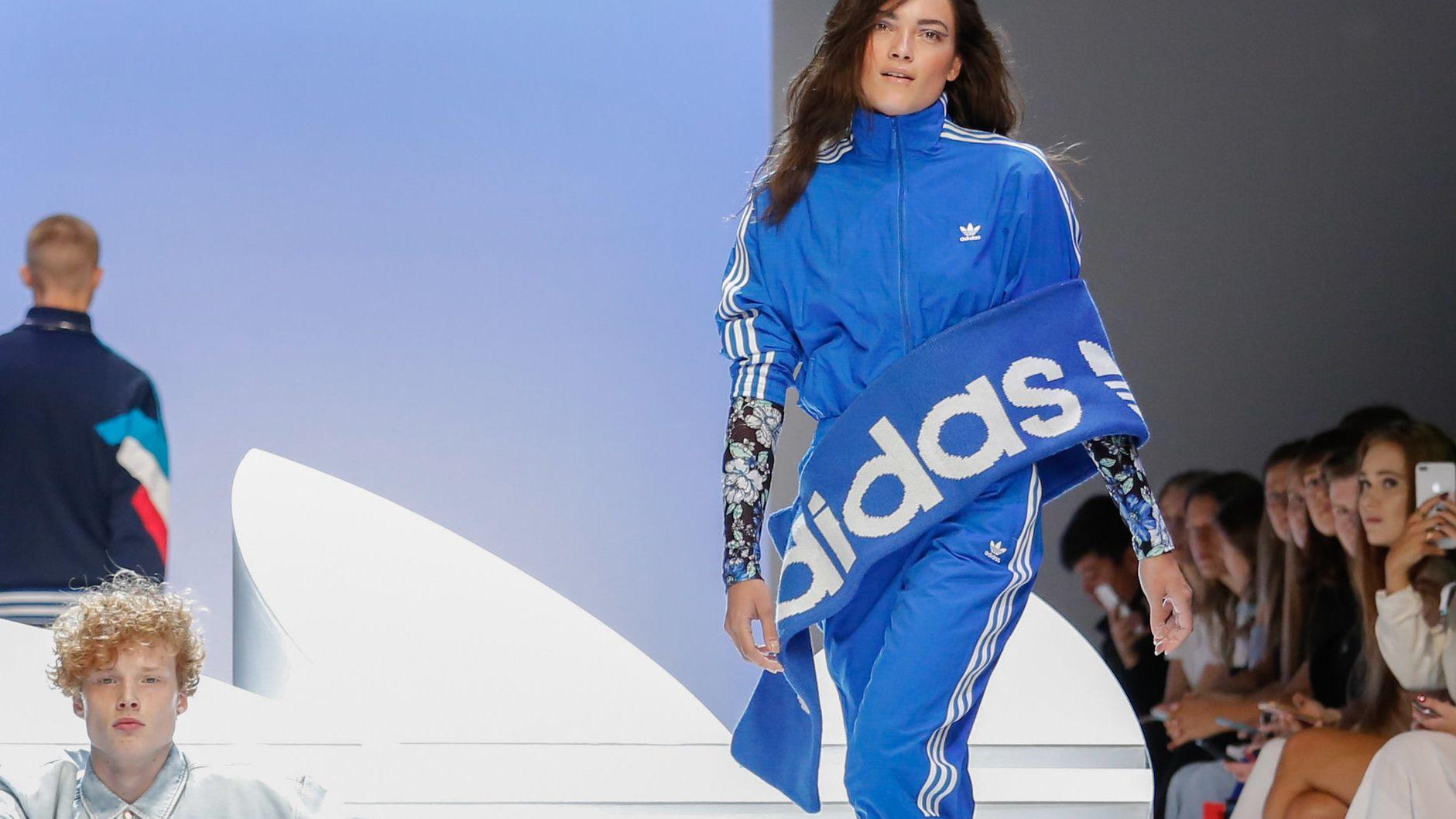 Models zeigen Mode bei der Adidas Show im Rahmen der Fashion Week in Berlin 2019