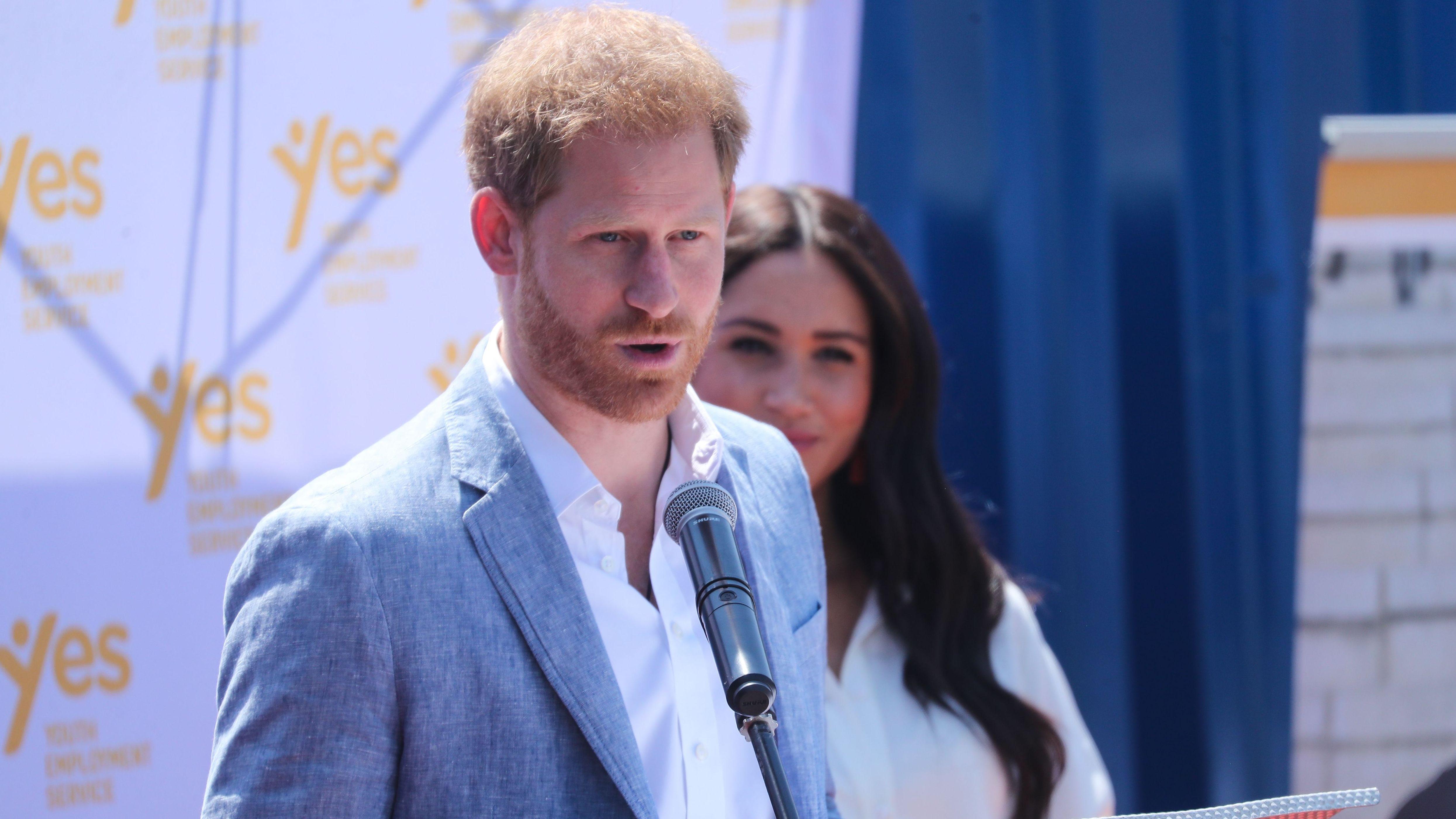 Archivbild: Prinz Harry und seine Frau Meghan in Johannesburg