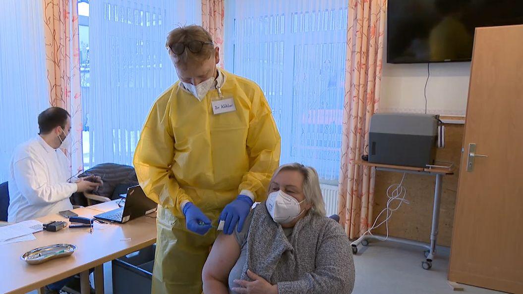 Corona-Impfung in Laufer Seniorenheim