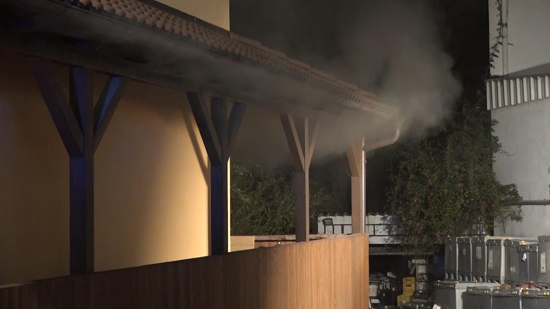 In Leidersbach in Unterfranken hat giftiger Rauch zehn Menschen verletzt.