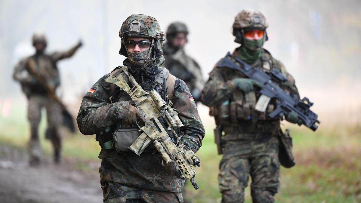 Das Kommando Spezialkräfte (KSK) der Bundeswehr wird teilweise aufgelöst. Der verbliebene Rest der Spezialkräfte wird drastisch reformiert