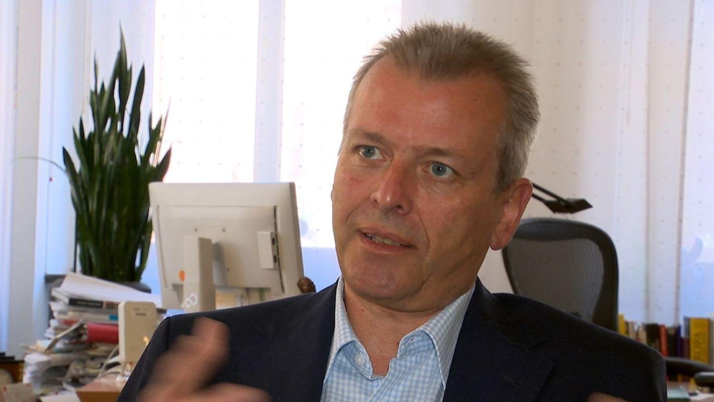 Ulrich Maly in seinem Büro