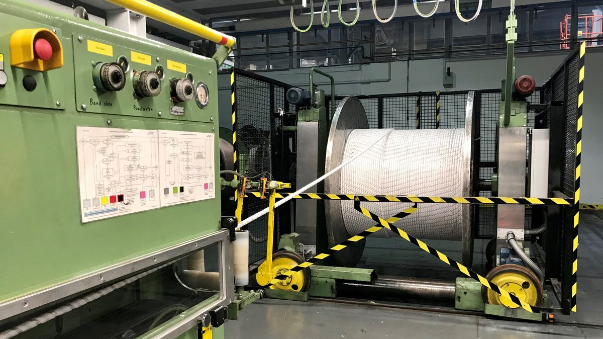 Kabeltrommel in der Produktionshalle der Bayka in Roth.