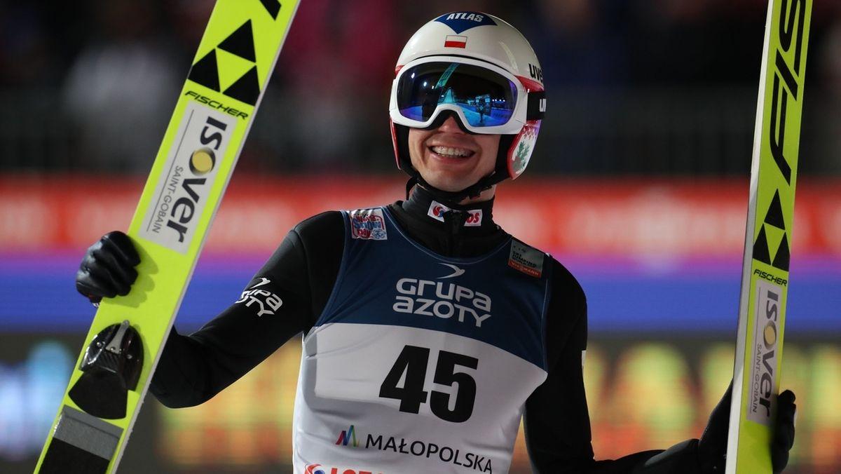 Kamil Stoch aus Polen freut sich über seinen Sieg in Zakopane.
