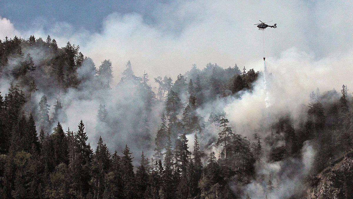 Waldbrand in einem Bergwald bei Oberaudorf (Archivbild)