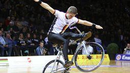 Kunstradfahrer Lukas Kohl | Bild:picture-alliance/dpa