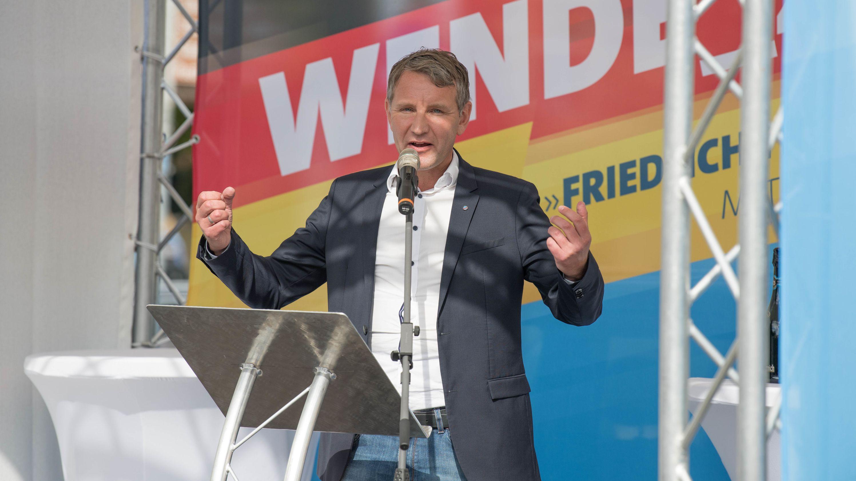Björn Höcke (AfD), Landesvorsitzender Thüringen, spricht am 13.7.2019 in Cottbus beim Wahlkampfauftakt der AfD vor der Landtagswahl in Brandenburg.