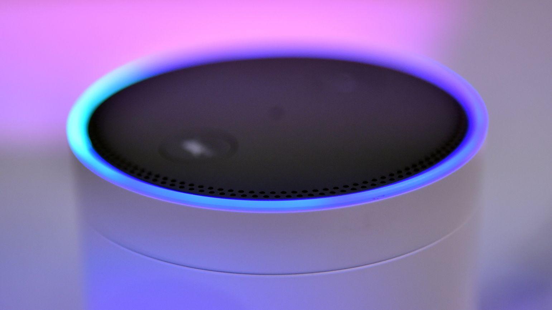 Der Lautsprecher Amazon Echo – mit dem Alexa Voice Service