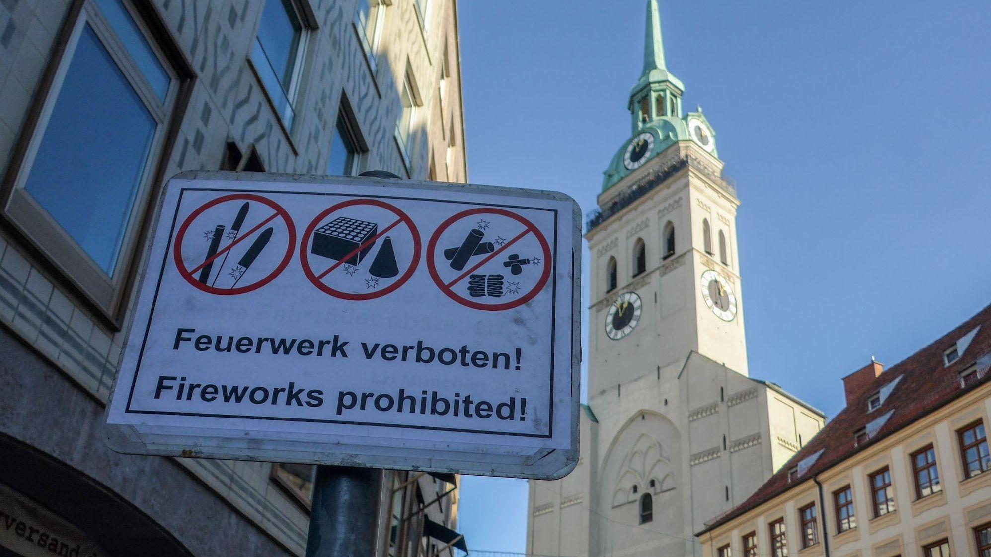Absolute Verbotszone: Die Münchner Fußgängerzone und der Viktualienmarkt sind Silvester 2019 erstmals ohne Feuerwerk