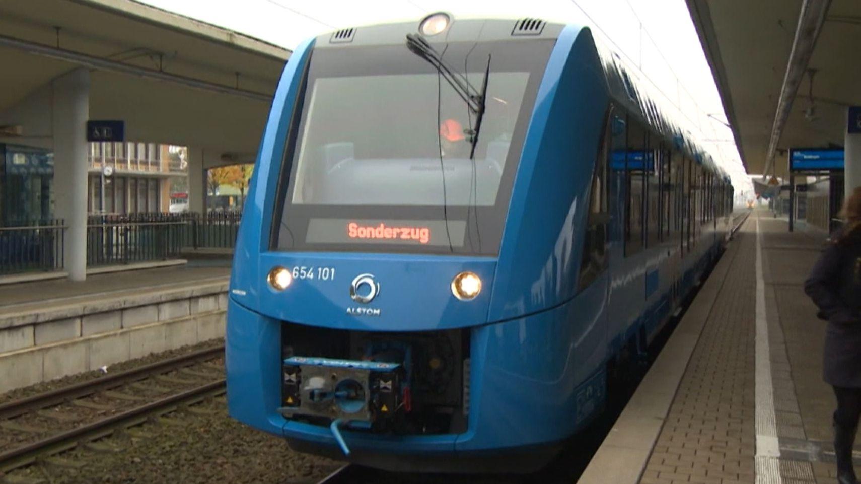 Der CSU-Landrat im Oberallgäu, Anton Klotz, fordert Wasserstoffzüge für die Region. Hier ein entsprechender Testzug.