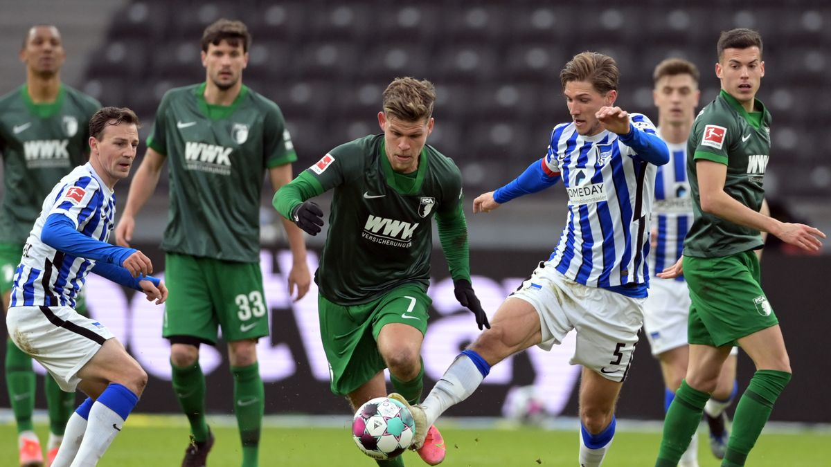 Spielszene Hertha BSC - FC Augsburg